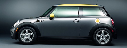 Electric MINI revealed ahead of LA Show. Image by MINI.