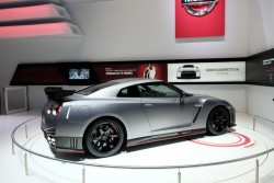 2014 Nissan GT-R Nismo. Image by Newspress.