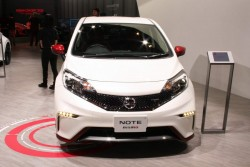 2016 Nissan Note Nismo. Image by Newspress.
