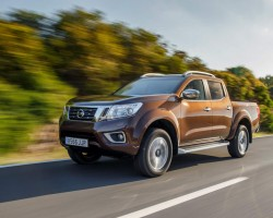 New Nissan pick-up. Image by Nissan.