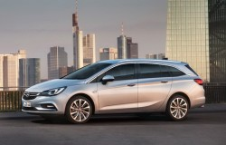 2015 Opel Astra Sports Tourer. Image by Opel.