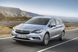 2016 Opel Astra Sports Tourer. Image by Opel.
