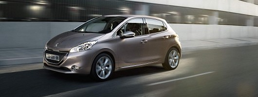 Lighter Peugeot 208 is a looker. Image by Peugeot.