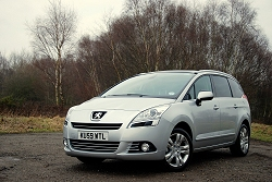 2010 Peugeot 5008. Image by Kyle Fortune.