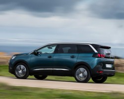 New 5008 is an SUV. Image by Peugeot.