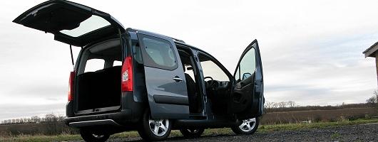 mobile marquee | car reviews |car enthusiast