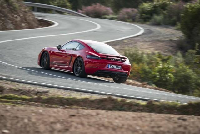 First drive: Porsche 718 Cayman T. Image by Porsche.