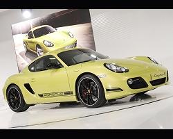 2010 LA Auto Show. Image by United Pictures.