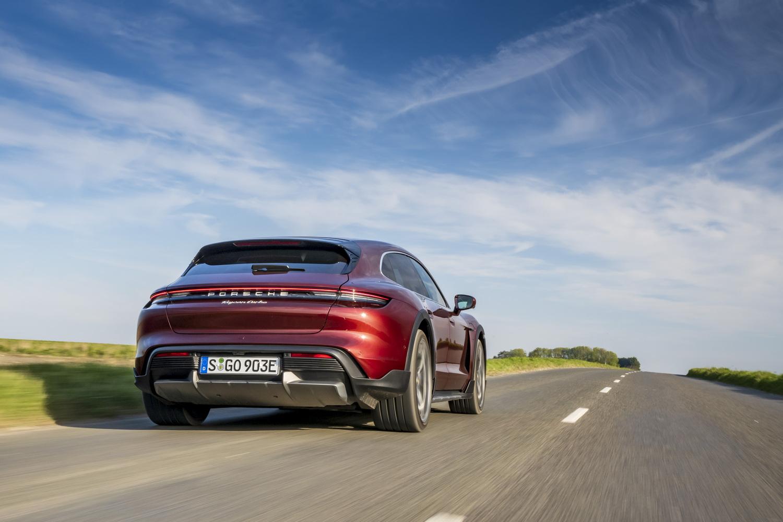 First drive: Porsche Taycan Cross Turismo. Image by Porsche.