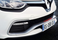 2015 Clio Renaultsport 220 Trophy. Image by Renault.