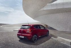 2016 Renault Clio. Image by Renault.