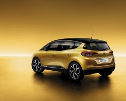 Incoming: Renault Scenic. Image by Renault.