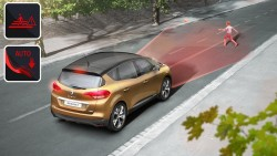 2016 Renault Scenic. Image by Renault.