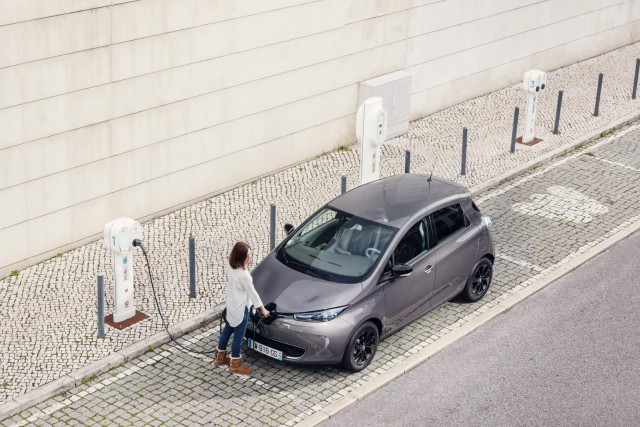 First drive: Renault Zoe Z.E. 40. Image by Renault.