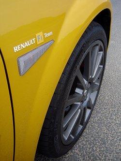 2007 Mégane Renaultsport 230 Renault F1 Team R26. Image by James Jenkins.