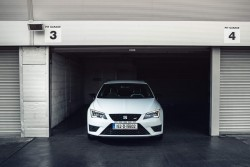 2015 SEAT Leon ST Cupra. Image by Paddy McGrath.