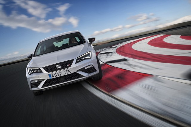 First drive: SEAT Leon Cupra 300. Image by SEAT.