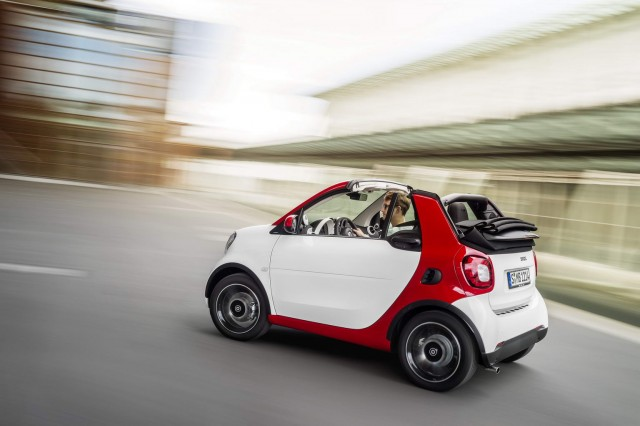 First drive: Smart Fortwo Cabrio. Image by Smart.