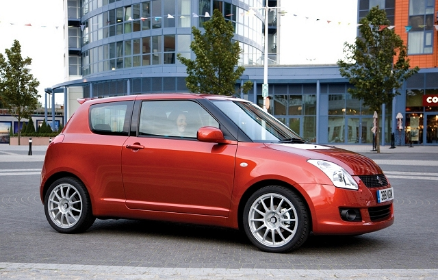 Suzuki Swift Attitude 2009 001