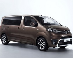 2016 Toyota Proace. Image by Toyota.