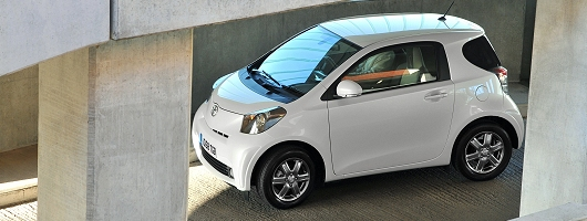 Week At The Wheel Toyota Iq Image By
