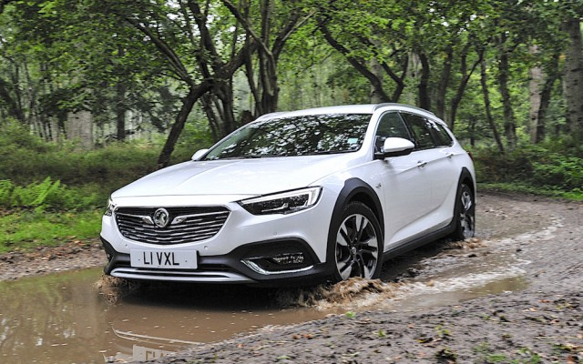 First drive: Vauxhall Insignia Country Tourer. Image by Vauxhall.