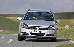2004 Vauxhall Astra Sport Hatch with Panorama windscreen. Image by Vauxhall.