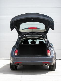 2009 Vauxhall Insignia Sports Tourer. Image by Mark Nichol.