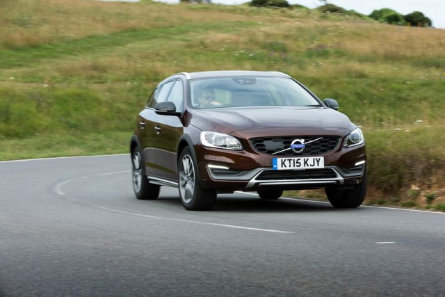 First drive: Volvo V60 Cross Country. Image by Volvo.