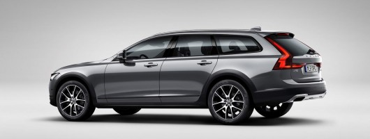 Volvo goes rugged for V90 Cross Country. Image by Volvo.