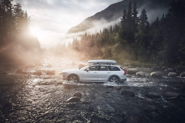 Driven: Volvo V90 Cross Country Ocean Race. Image by Volvo.