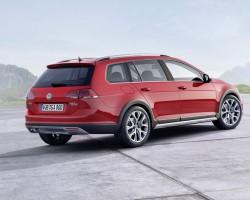 Incoming: Volkswagen Golf Alltrack. Image by Volkswagen.