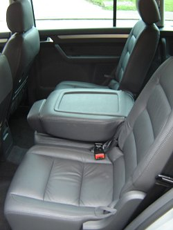2004 Vw Touran Review Car Reviews By Car Enthusiast